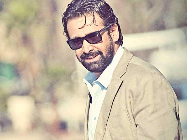كريم عبد العزيز : الفيل الأزرق 2 فخر لصناعة السينما
