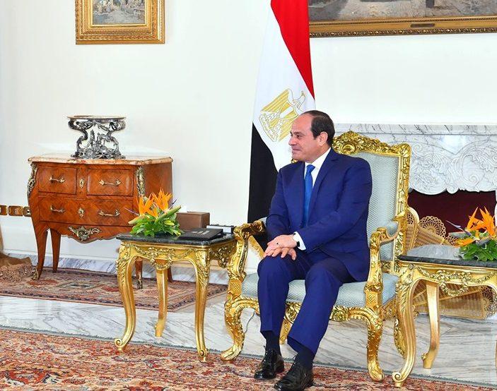 نشاط الرئيس السيسي يتصدر عناوين صحف القاهرة