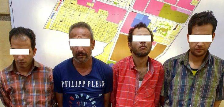 ضبط منتحلي صفة رجال شرطة سرقوا 15 ألف دولار من مهندس بالأميرية