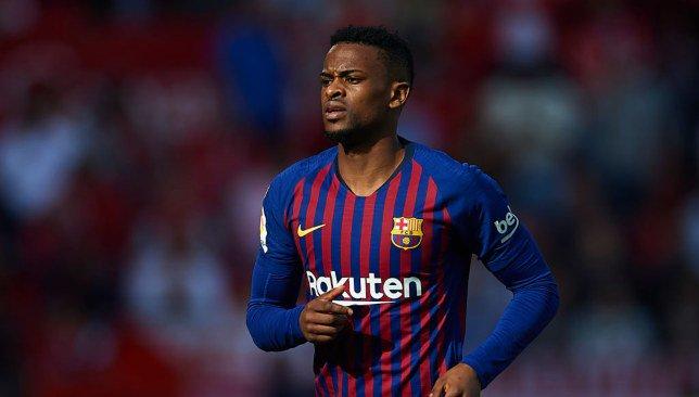 إصابة سيميدو تثير القلق في برشلونة