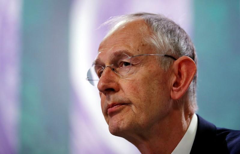 لويس يترك منصب المدير التنفيذي لنادي عموم إنجلترا للتنس في عام 2020
