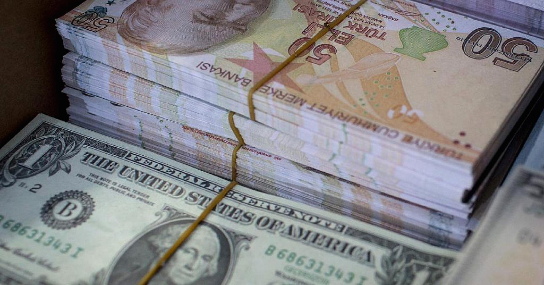 الليرة التركية تخسر 2ر0% من قيمتها بعد إقرار العقوبات الأمريكية