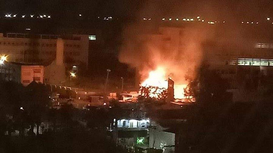 """الحماية المدنية تنجح في السيطرة على حريق """"كنيسة مارجرجس"""" بحلوان دون وقوع إصابات"""