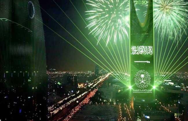 فيديو| كوكب الشرق أم كلثوم تشعل موسم الرياض الترفيهي