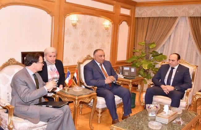 رئيس هيئة الرقابة الإدارية يستقبل السفير الفرنسي لدي القاهرة