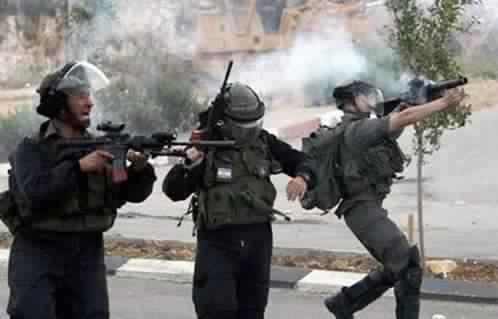 إصابة 77 فلسطينيا إثر مواجهات مع قوات الاحتلال في غزة