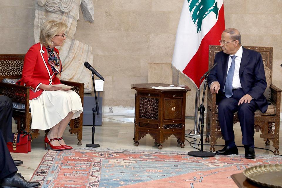 عون : لبنان يعانى كثيرا من الألغام والقنابل العنقودية التى استخدمتها إسرائيل