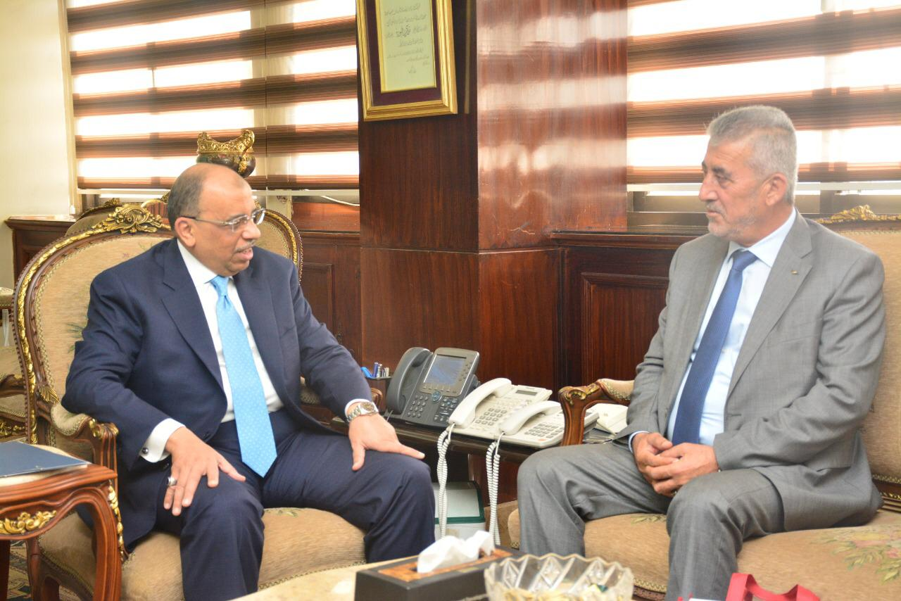وزير التنمية المحلية ونظيره الفلسطيني يبحثان تبادل الخبرات والزيارات والتدريب