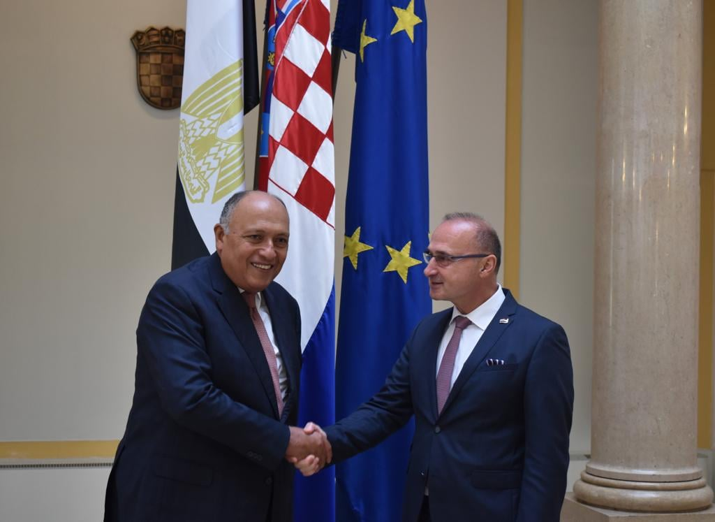 صور | وزير الخارجية يناقش مع نظيره الكرواتي سبل التعاون السياسي والاقتصادي بين البلدين