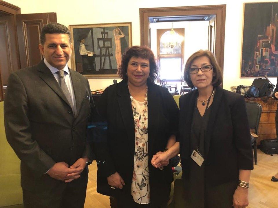 صور  | وزيرة الثقافة تتفق على تبادل خبرات مصرية صربية في مجال المتاحف والمعارض