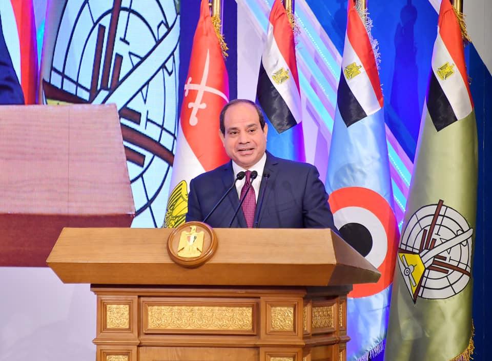 الصحف تبرز مطالبة الرئيس السيسي للمصريين باجتناب المجاملة وإعطاء الحقوق لأصحابها
