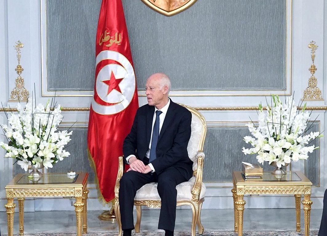 صور | الرئيس التونسى يدعو لتغليب المصلحة العامة والإسراع فى تشكيل الحكومة