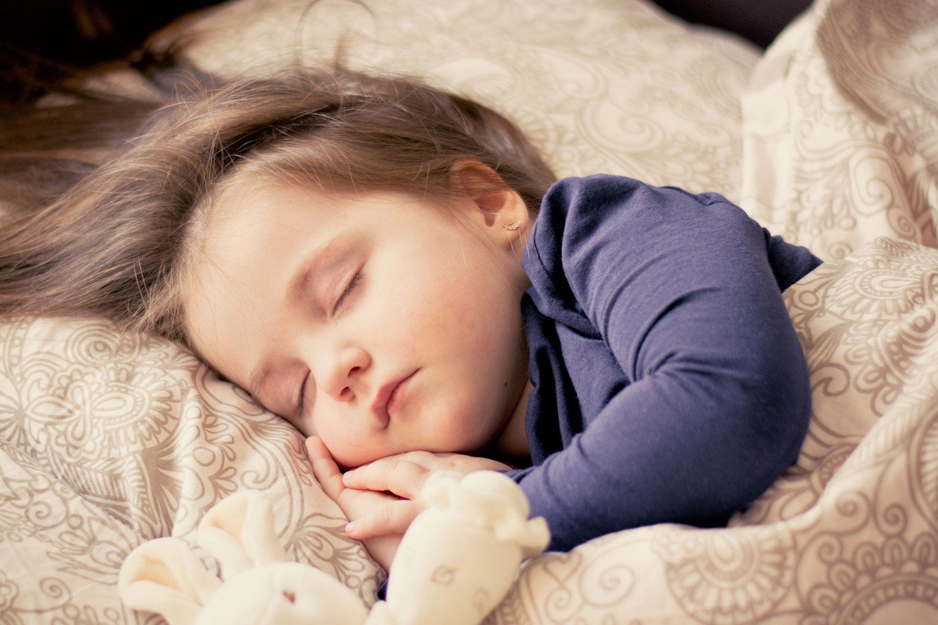 دراسة: النوم الجيد يساعد على التحصيل الدراسي