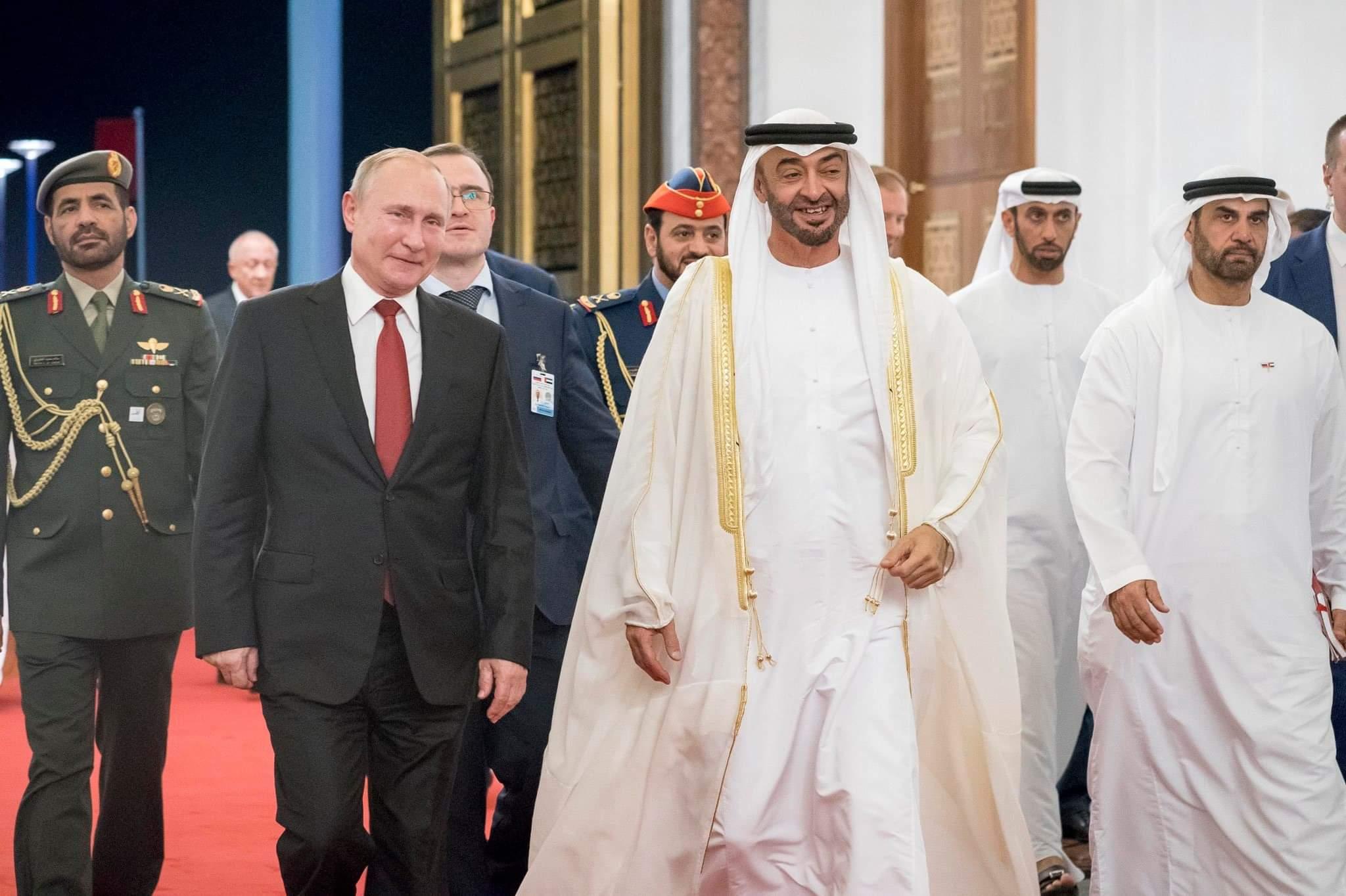 محمد بن زايد يودع فلاديمير بوتين في ختام زيارته للإمارات