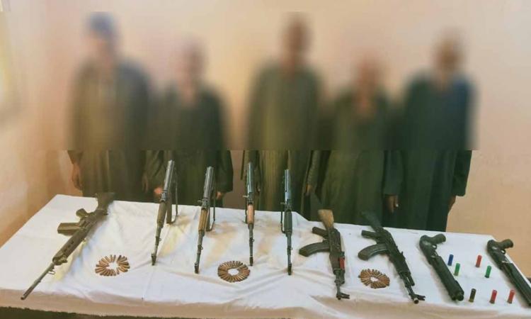 ضبط 5 متهمين فى «خصومة ثأرية» بأسيوط وبحوزتهم أسلحة نارية