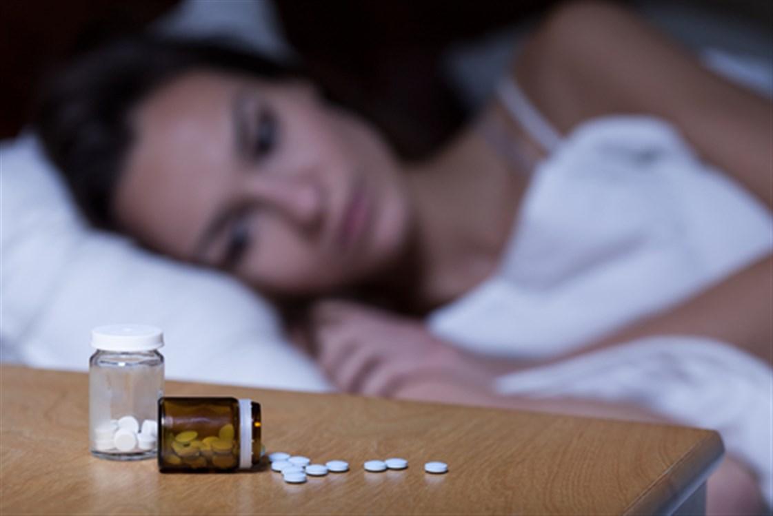 قلة النوم قد تؤثر سلبًا على صحة عظام المرأة