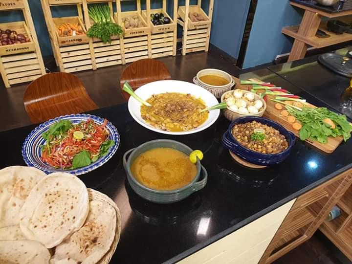 صور| أفضل الأكلات الشعبية مع علاء الشربيني على ON E