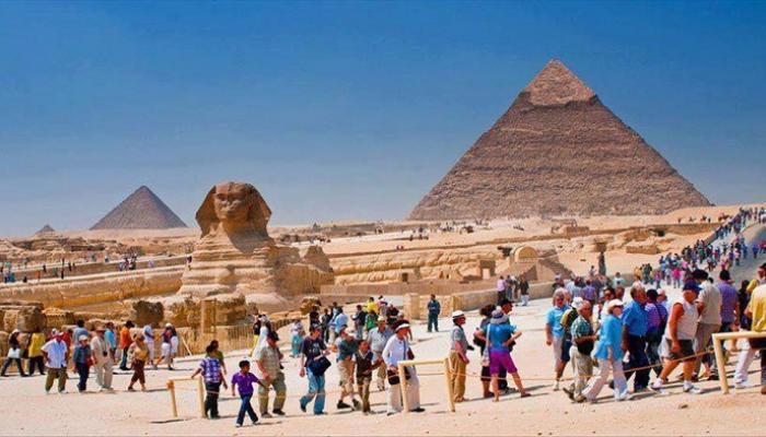 قطاع السياحة3