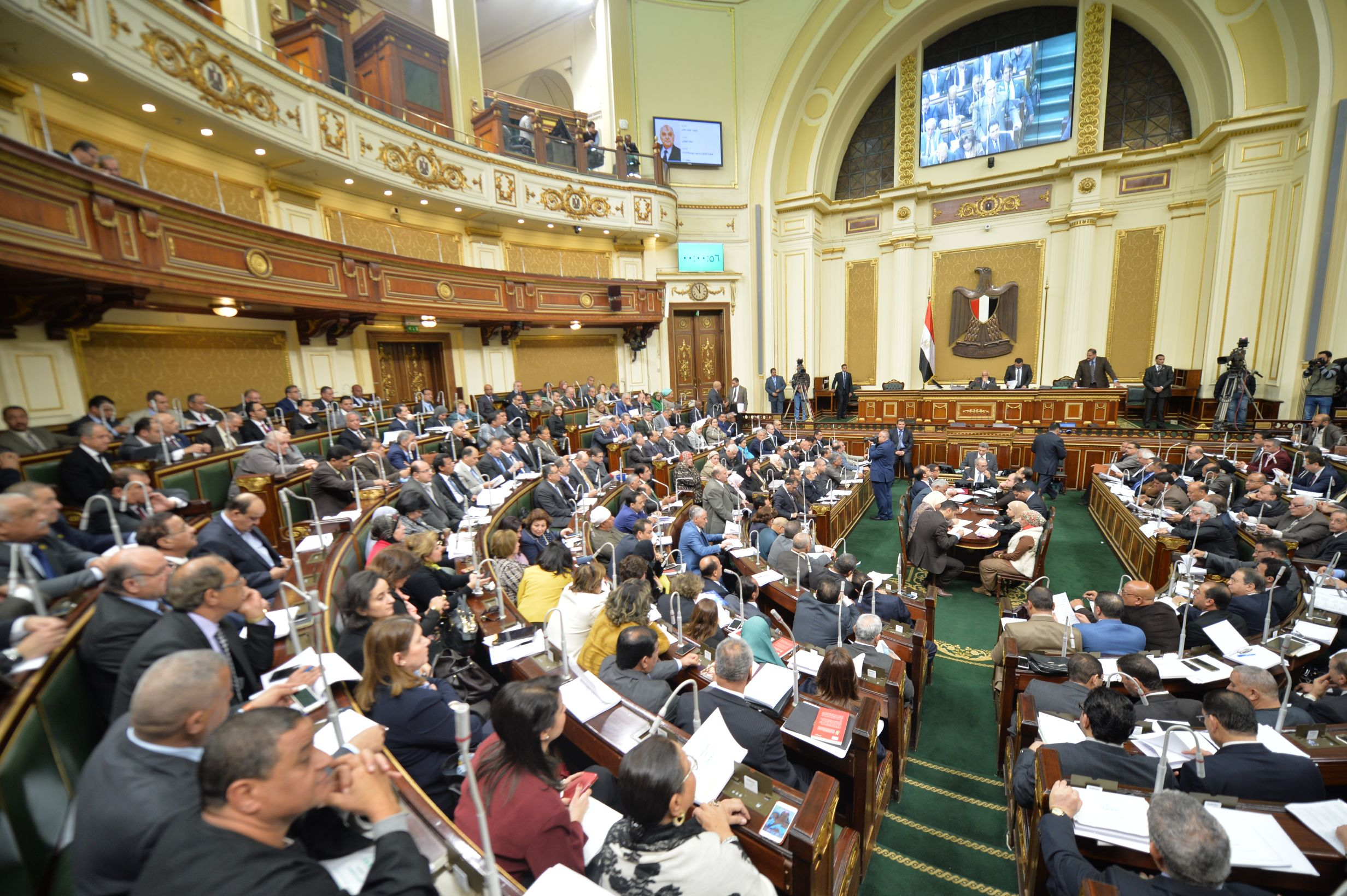 البرلمان يوافق مبدئيا  على قانون «التجاوز عن مقابل التأخير»