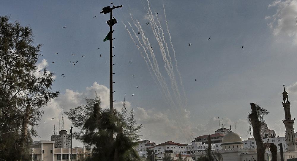 إطلاق 250 صاروخا من قطاع غزة باتجاه إسرائيل