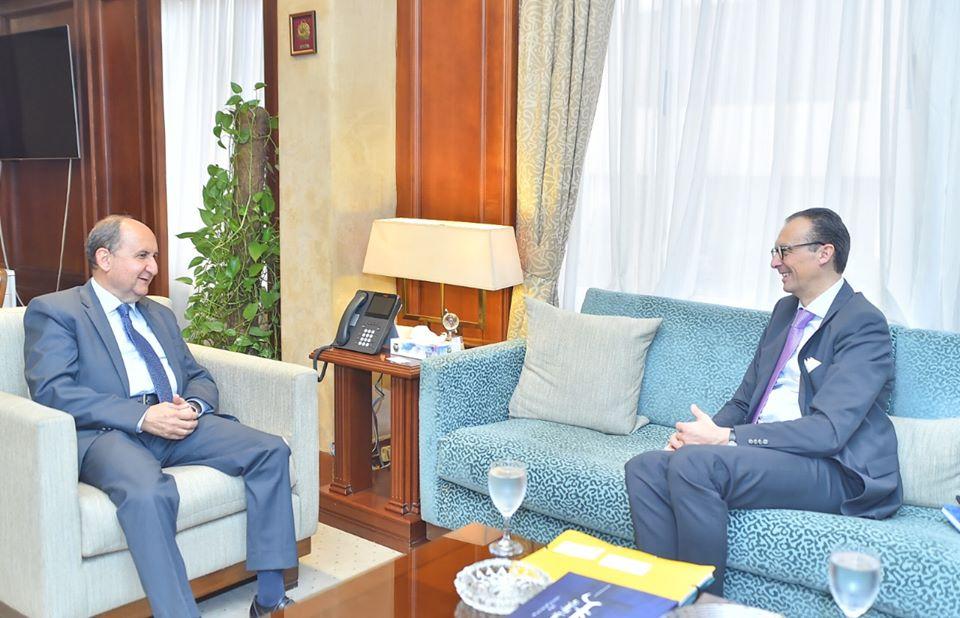 وزير التجارة: فرص استثمارية كبيرة بالسوق المصرية في مجال صناعة الدواء