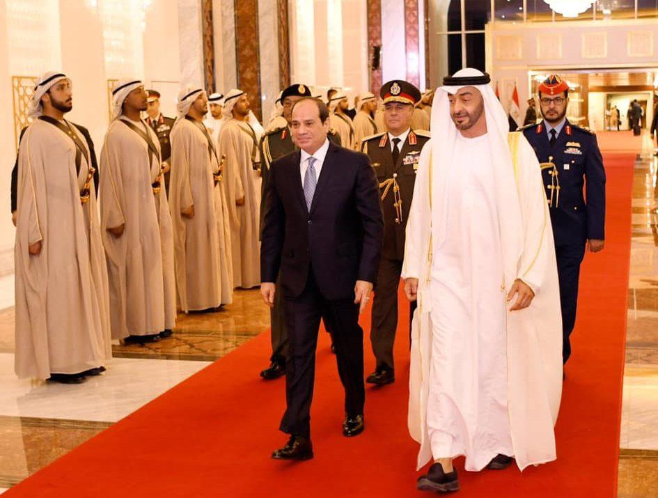 ولي عهد أبو ظبي يشيد بدور مصر المحوري في المنطقة العربية وبدعمها دول الخليج