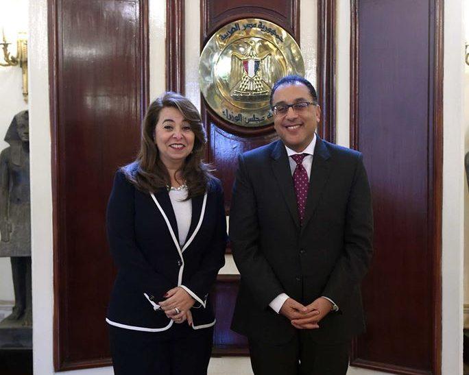 رئيس الوزراء يلتقي غادة والى ويهنئها بمنصبها الأممي الجديد