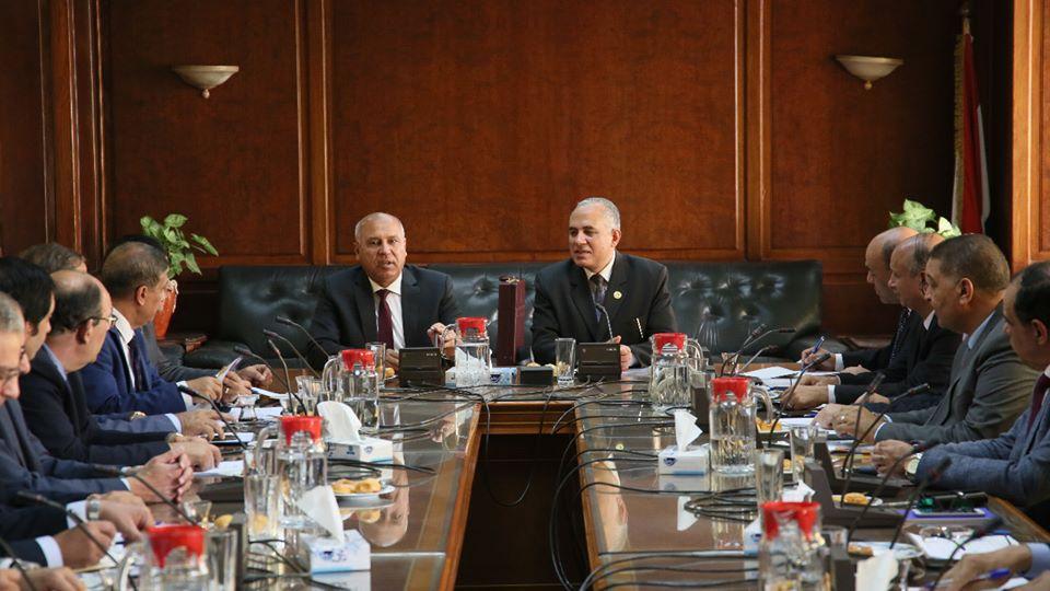 صور | وزيرا الري والنقل يبحثان أوجه التعاون في مجال النقل النهري
