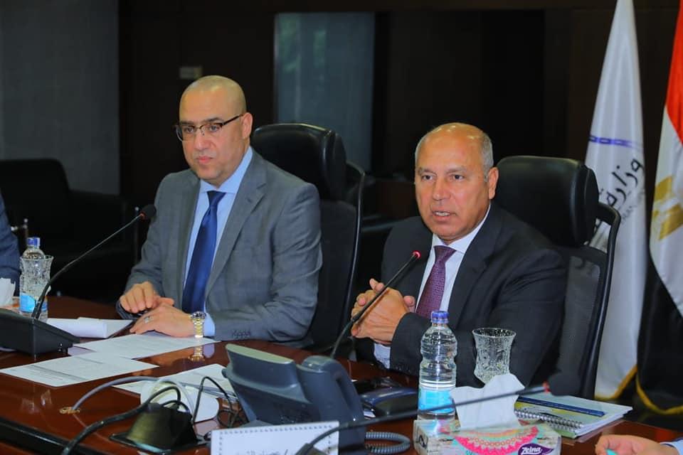 صور | وزيرا النقل والإسكان يتابعان تنفيذ عدد من المشروعات المشتركة