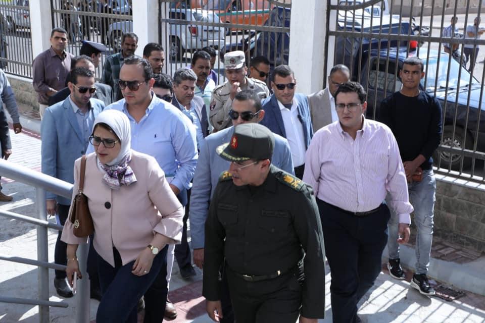 صور | وزيرة الصحة تتفقد مستشفى أبورديس وتوجه بسرعة الانتهاء من أعمال التطوير