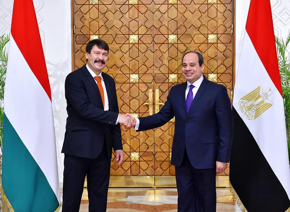 نشاط الرئيس السيسي والتدريب المصري البريطاني المشترك في أبرز عناوين الصحف