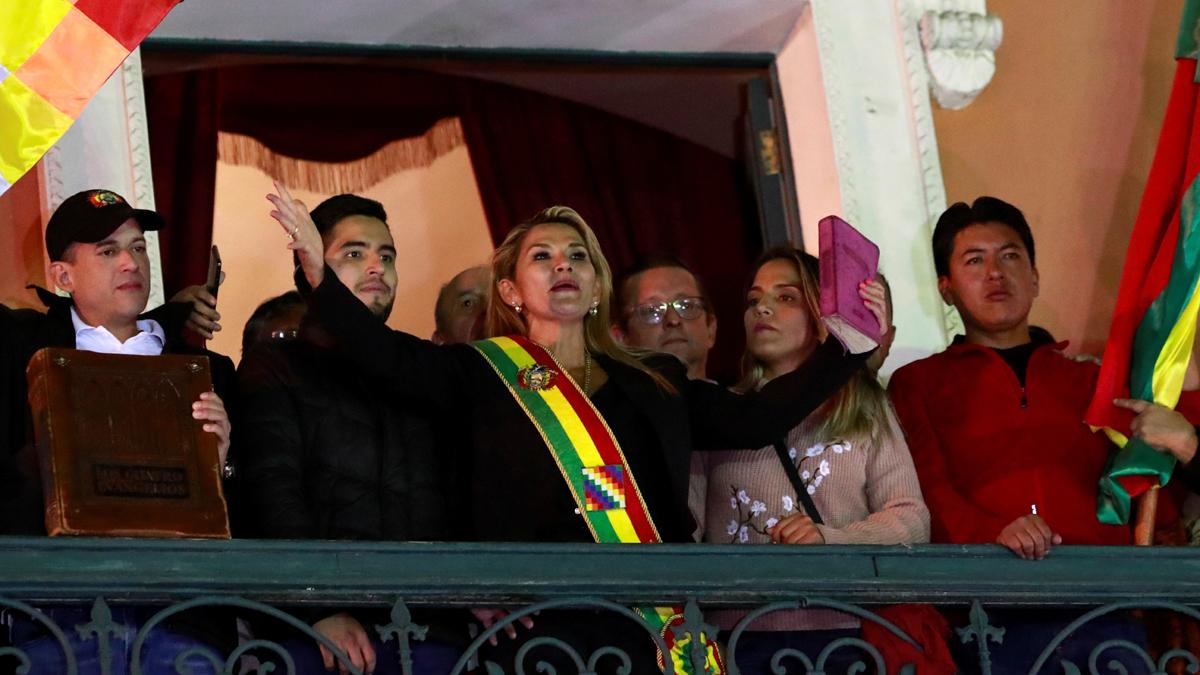 البرازيل تعترف بالسيناتور أنيز رئيسة مؤقتة لبوليفيا