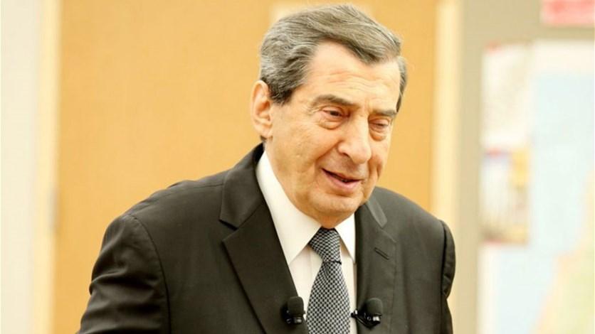 نائب رئيس البرلمان اللبناني : لا سبب يحول دون عودة الحريري لرئاسة الحكومة