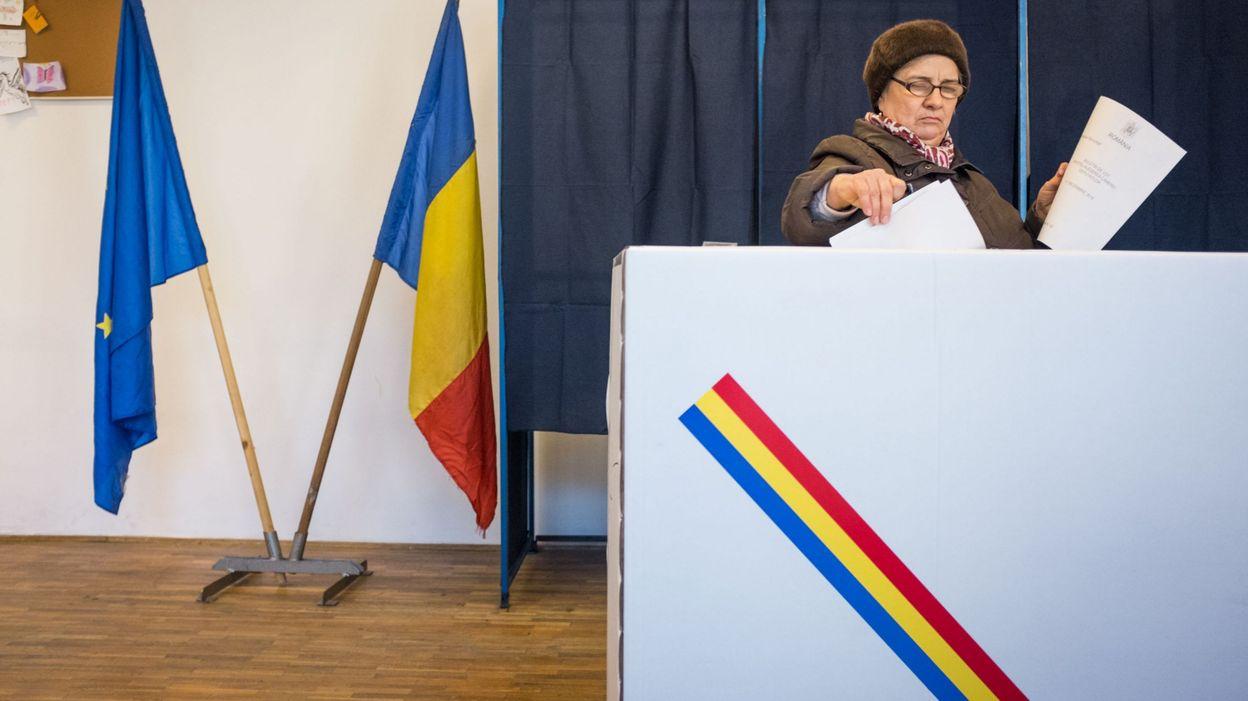فتح مراكز الاقتراع في رومانيا أمام الناخبين لاختيار رئيس جديد