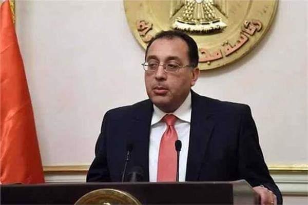 """رئيس الوزراء يبحث مع وفد شركة """"فولكس فاجن"""" الألمانية فرص الاستثمار في مصر"""