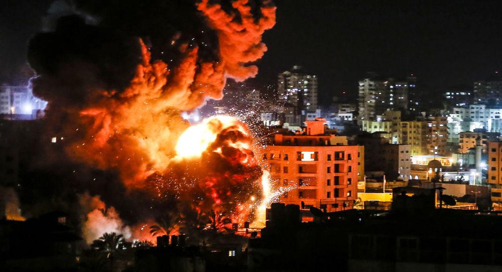 الطيران الإسرائيلي يقصف عدة مواقع في قطاع غزة