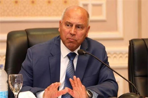 وزارة النقل: كل ما أثير في وسائل الإعلام من تصريحات منسوبة لكامل الوزير عار من الصحة