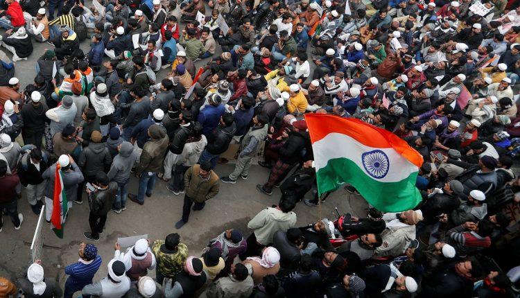 بنجلاديش: التظاهرات العنيفة بالهند شأن داخلي