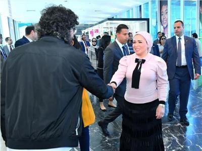 قرينة الرئيس السيسي: منتدى شباب العالم قدم تصميما متميزا للمتحف الداخلي