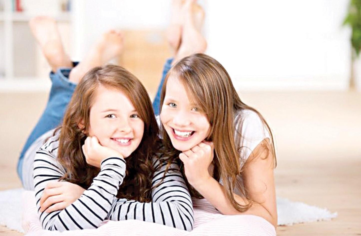 دراسة : الفتيات ينمن أكثر من الشباب