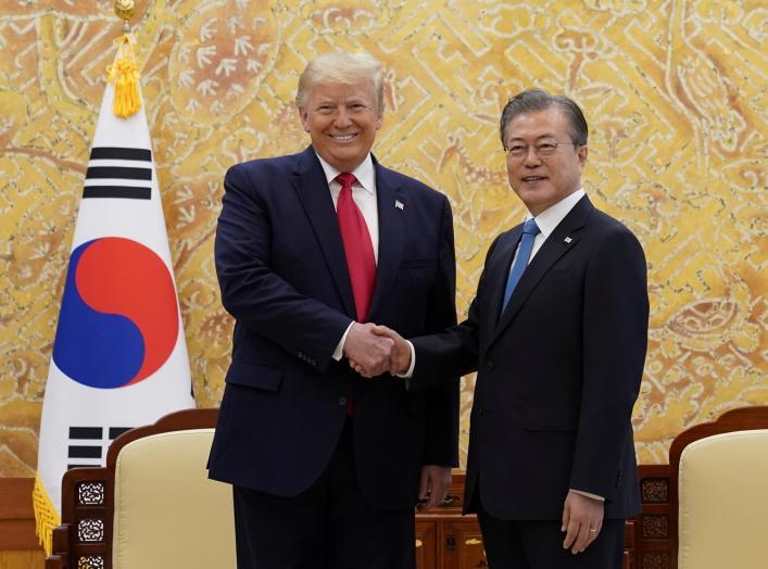 كوريا الجنوبية وأمريكا تؤكدان أهمية الحفاظ على الحوار بشأن بيونج يانج