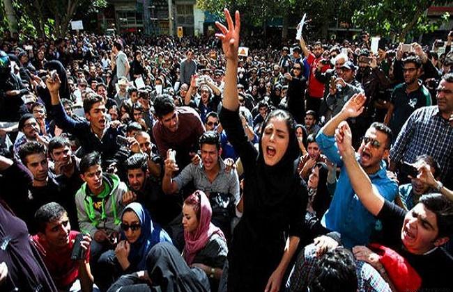 """""""العفو الدولية"""": ارتفاع القتلى في قمع الاحتجاجات في إيران لـ208 شخصا"""