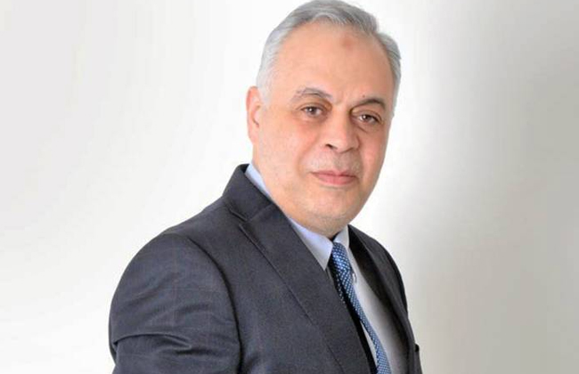 أشرف زكي يعلن عن فرع جديد لأكاديمية الفنون بمدينة الشروق
