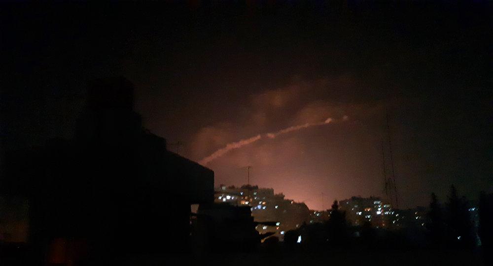 الدفاعات الجوية السورية تتصدى لقصف مطارا عسكريا