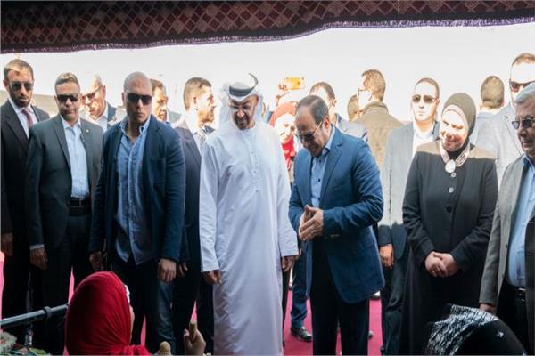الرئيس السيسي وولي عهد أبوظبي يفتتحان مهرجان شرم الشيخ التراثي العربي