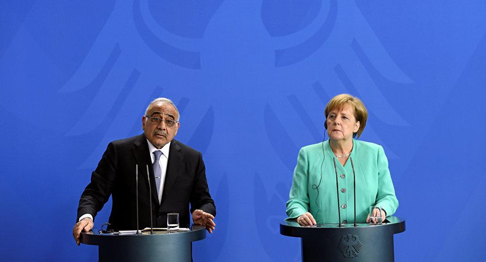 رئيس الوزراء العراقي يبحث هاتفيًا مع ميركل آخر التطورات