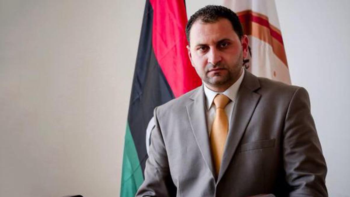 """ليبيا: """"الوفاق"""" نقلت جماعات مسلحة بين مطاري إسطنبول ومعيتيقة"""