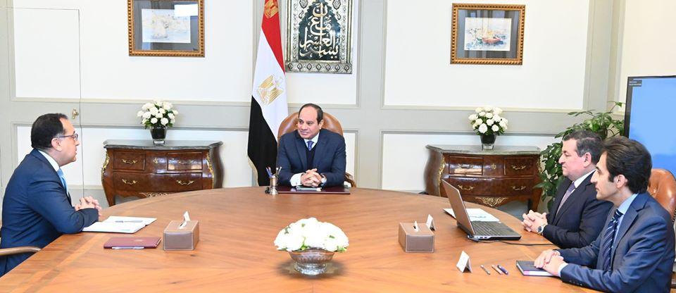 توجيهات الرئيس السيسي بتدعيم الإعلام وملف الاستثمارات تتصدر عناوين الصحف المصرية