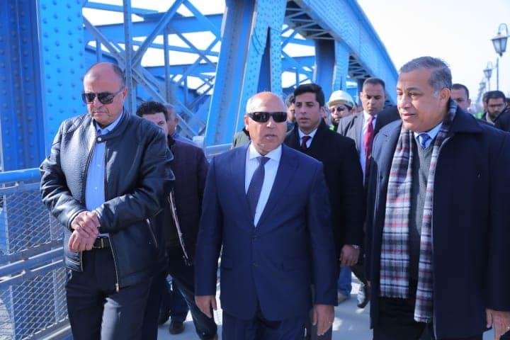 صور | وزير النقل يتابع مشروع رفع كفاءة وتجديد وتطوير كوبري إمبابة على النيل