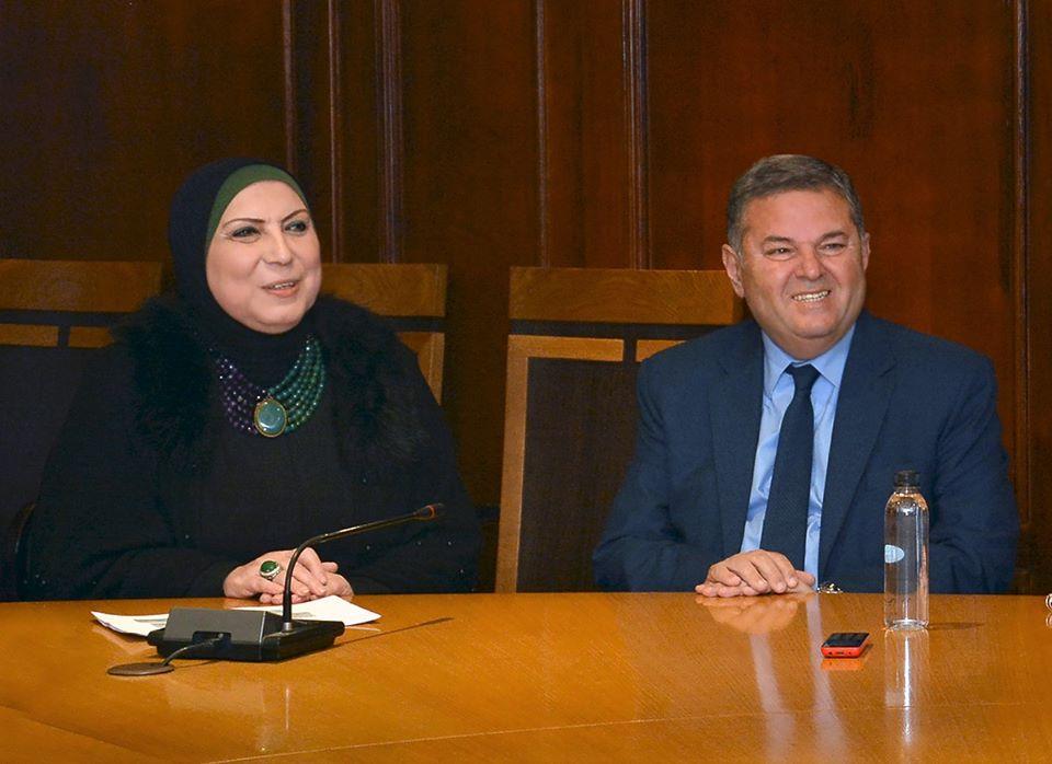 """وزيرا الصناعة وقطاع الأعمال العام يبحثان تعزيز التعاون في مبادرة """"جسور"""""""